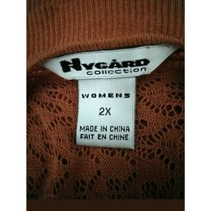 Peter Nygard Tops - NYGARD COLLECTION Vneck shirt 2X